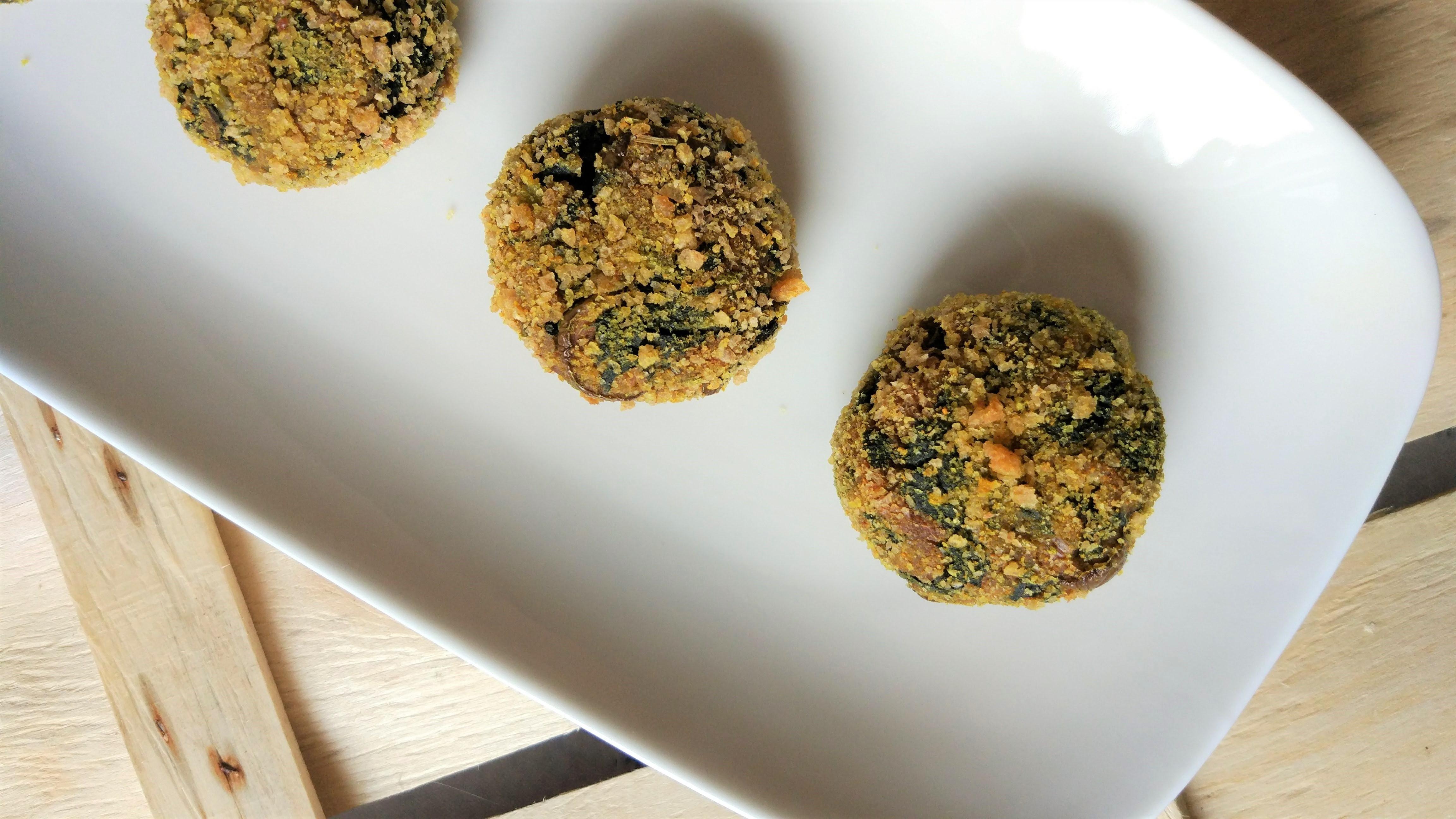Polpettine morbide di patate dolci alle bietole e olive taggiasche